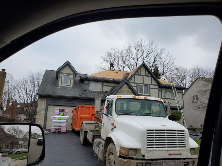 Reynoldsburg, Ohio roofers near me installing new roofing system